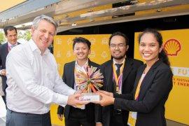 Mahasiswa UGM Juarai Kompetisi Shell Di London