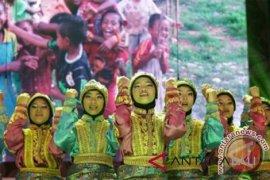 SMP Indonesia menang kompetisi tari tradisional di Polandia