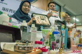 BBPOM Pekanbaru sita ribuan produk kosmetik ilegal senilai Rp1,5 miliar