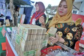 Tiga calon haji Embarkasi Jakarta tertunda keberangkatannya