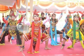 Wawali Surabaya : Festival Tari Remo-Yosakoi Upaya Pelestarian Budaya