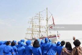 Video - KRI Bima Suci Laksanakan Muhibah Sail Regatta di Vladivostok Rusia