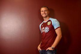 Burnley resmi datangkan Ben Gibson dari Middlesbrough