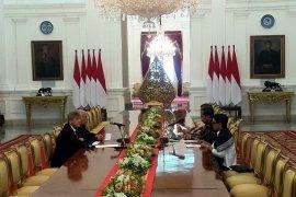 Presiden Jokowi terima ketua komite olympic Palestina