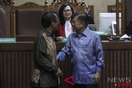 Jusuf Kalla berharap hukuman Jero Wacik diperingan
