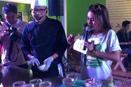 Mengenal asal-usul soto di Asian Fest