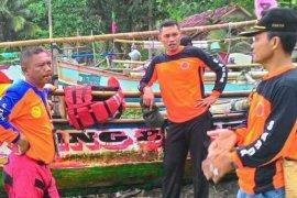 SAR Sukabumi kerahkan tim cari pemancing tenggelam