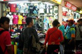 Berburu Jersey Asian Games 2018 di Pasar Tanah Abang