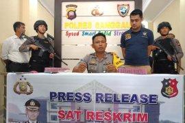 Polres Sanggau amankan calo TKI ilegal