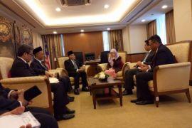 Hidayat Nur Wahid selamati pemilu Malaysia yang sukses tanpa ada perpecahan