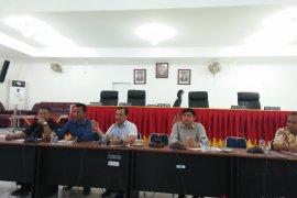 DPRD monitoring pembangunan jalan Desa Samasi