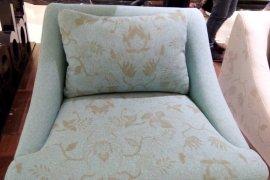 Furnitur nuansa batik sebaiknya ditempatkan di ruang tamu