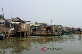 Pertamina berdayakan nelayan Muaragembong garap pakan ternak