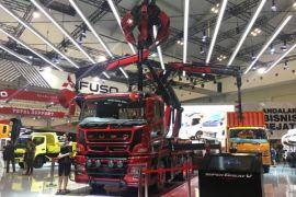 "Spider, truk ""bercakar"" dari Mitsubishi Fuso"