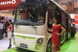 Hino pamer bus listrik di GIIAS