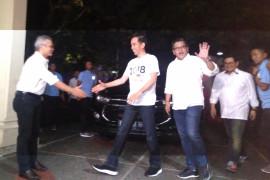 Jokowi tiba di Sekretariat Sekjen KIK pukul 21:30