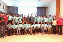 Pengurus Desa Wisata Tinggan dapat pelatihan dari BCA