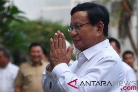 Prabowo akan temui KH Maimoen Zubair