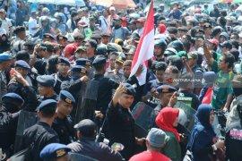 Polrestabes Surabaya Damaikan Ansor-FPI Masalah Ganti Presiden