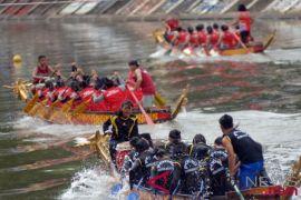 40 tim ramaikan kejuaraan internasional perahu naga di Sumbar