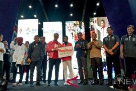 Menpora berikan bonus Rp1,5 miliar kepada peraih medali emas pertama Indonesia