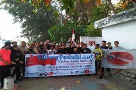 Komunitas selam IPB bersama diver Peduli Laut lakukan aksi bersih laut