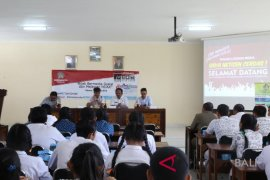 Diskominfos Bali dan Gianyar mengadakan literasi media