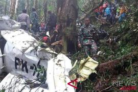 Evakuasi korban kecelakaan pesawat Dimonim ke Jayapura terhambat cuaca