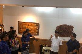 """ISI pamerkan 95 karya kriya di """"Jantung"""" Denpasar"""