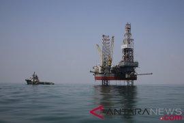 Penurunan pengeboran AS dongkrak harga minyak mentah