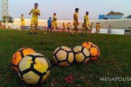Sebanyak 12 pemain Persika Karawang keluar