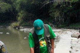 Ditemukan pipa limbah tersembunyi di Kali Bekasi