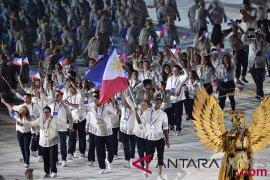 Kostum Garuda pembawa plakat disiapkan selama tiga bulan