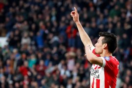 Tiga gol dalam 14 menit, PSV tiga Ajax nol