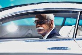 CEO Daimler Dieter Zetsche dikabarkan akan berhenti 2019