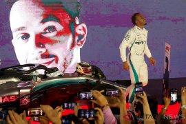 Hamilton menangi GP Rusia dan memimpin 50 poin