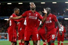 Liverpool pagari Sturridge dengan kontrak baru