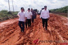 Gubernur Kalteng pantau pengerjaan jalan Pangkalan Bun-Kolam