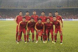 Timnas U-16, refrain lagu sepak bola Indonesia