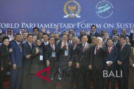 Foto - Forum Parlemen Dunia