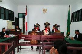 JPU tuntut terdakwa pengedar ganja enam tahun penjara