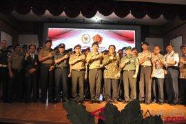 Jelang pemilu Ketua MPR ajak IARMI jaga persatuan