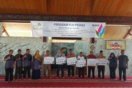 TNI AU Atasi Krisis Air Ponelo Kepulauan