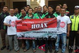 "Polisi menggelar sosialisasi anti ""hoax"""