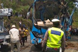 Korlantas analisa penyebab bus masuk jurang
