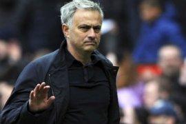 Klopp kembali buat Mourinho dipecat