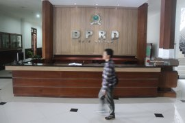 Kantor DPRD Malang Kosong