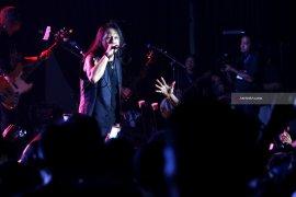 Video - Konser Amal Pelindo III Bareng Roy Jecovoc dan Edane