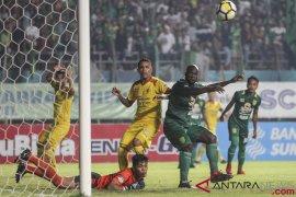 Hujan gol di Jaka Baring, Sriwijaya FC ditahan Persebaya 3-3