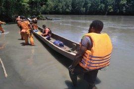 Kepala Kampung Holkima diduga hanyut di Sungai Ibele